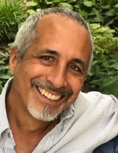 Mindfully Observing and Reflecting with Carlos Muñoz